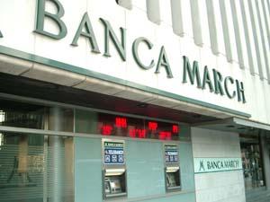 Banca March compra Inversis